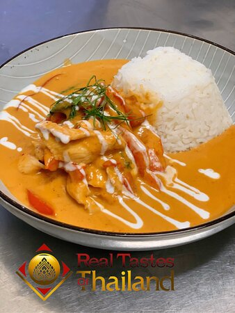 Chicken panang curry Lunch specials