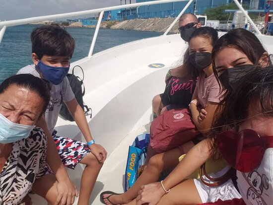 De Palm Island own Transportation: Boat ride to De Palm island