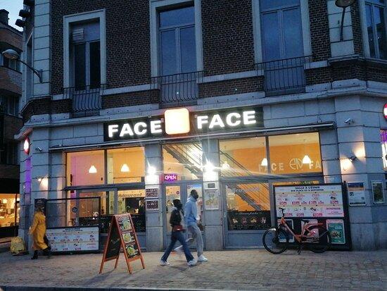 Face en Face