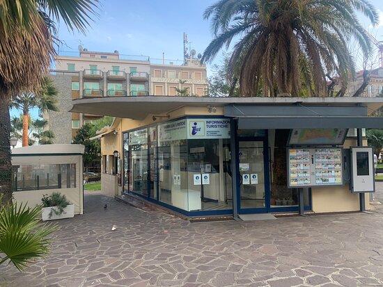 IAT - Informazione e Accoglienza Turistica