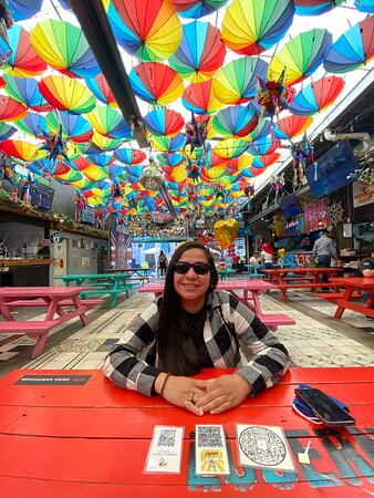 Lucerna Comedor / Colorful and cute