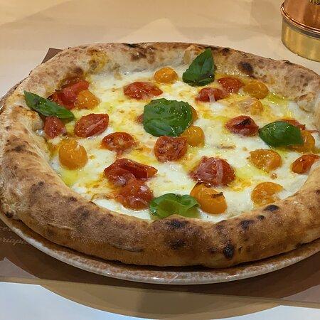 Le Nostre Pizze... I Nostri Piatti