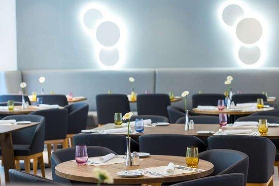 Restaurant at Fleming's Express Hotel Frankfurt