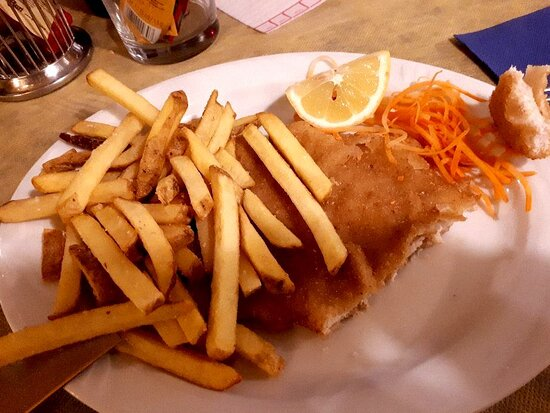 🍟 Cotoletta alla milanese accompagnata da...patatine fritte! 💯 Una proposta semplice e sempre vincente 😉💪