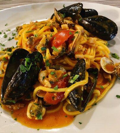 Frattocchie, Italie : Spaghetti allo scoglio