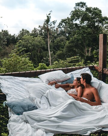 Rooms/suites with hammock overlooking the Ubud Jungle