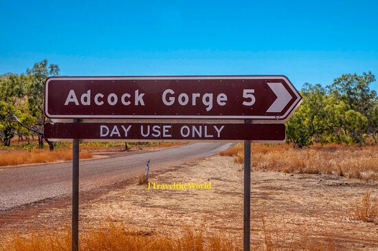 Adcock Gorge turnoff