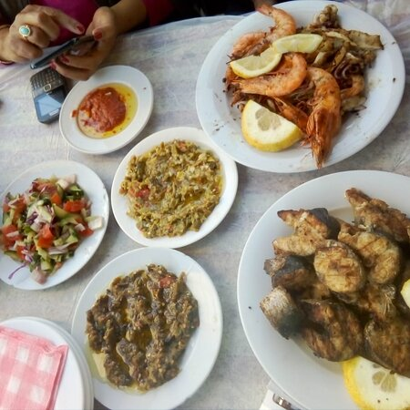 Rafraf, Tunisia: Un restaurant