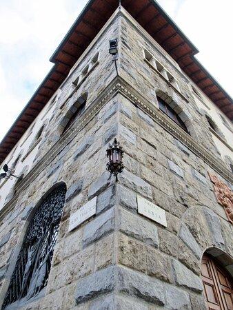 L'angolo del palazzo