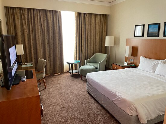 Dasman, Kuwait: The room is a typical king room you'd expect from a Courtyard brand