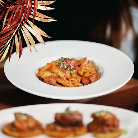 Skirt Steak Pasta available in our Lunch Menu.