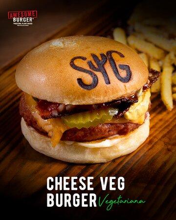 Ven y disfruta nuestra Cheeseveg Burger 🍔, Vegetariana 🙌🏼. Perfecta para quienes no consumen cualquier tipo de carne o pescado, hecha 100% a base de plantas 🍃🌱. ¡Te va a encantar! 🤤👌🏼 #EstoEsSonoraGrill