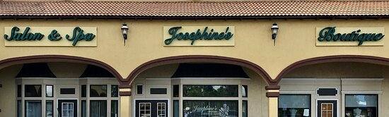 Easily accessible in the Towers Shopping Center in Englewood, FL