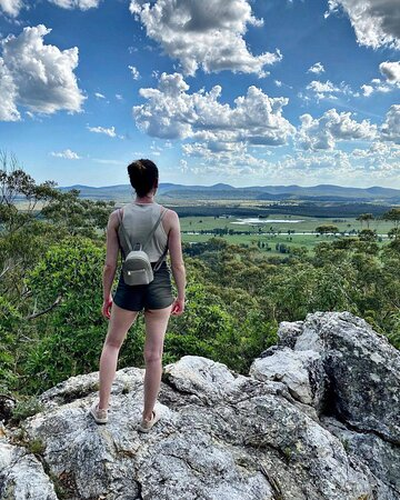 Bulahdelah Mountain is an Aboriginal Place in recognition of the cultural, spiritual and historical significance of the area to the Worimi people. It's imposing rocky tors were and are important to the Traditional Owners of the land. 📸 @poidexia  #barringtoncoast #bulahdelahmountain #worimicountry