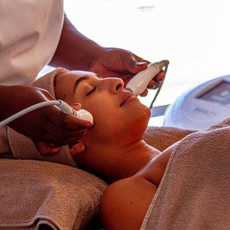 Thalgo iBeauty Treatment at Camelot Spa Lagoon Beach Hotel