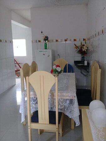 Sao Joao Evangelista, MG: Hostel São João Evangelista ( hospedagem)  cozinha compartilhada 033 98897-2716