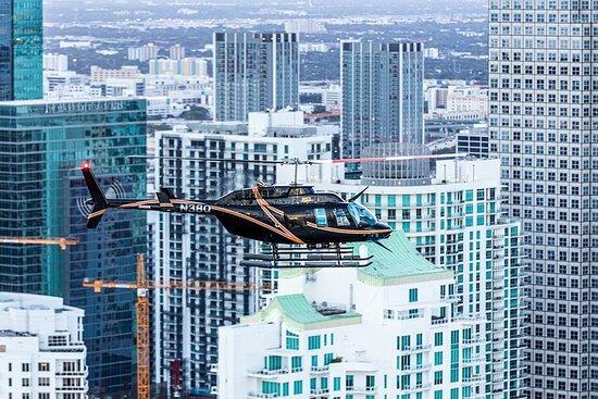 Tour privado en helicóptero por Miami