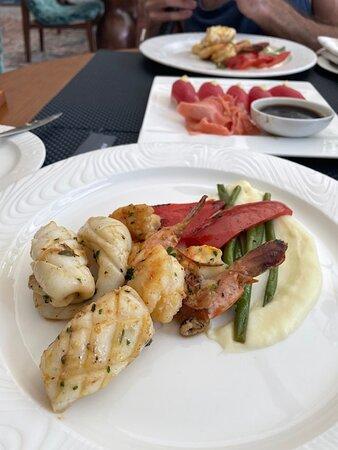 Lunch at Vista del Mar