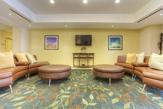 Relax and unwind in our beautiful Candlewood Suites lobby