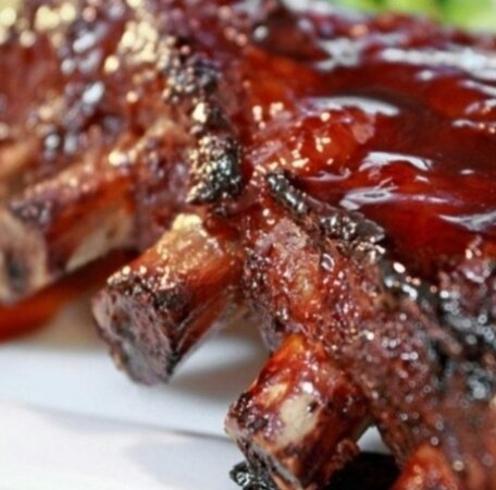 Costillar de cerdo a la salsa BBQ
