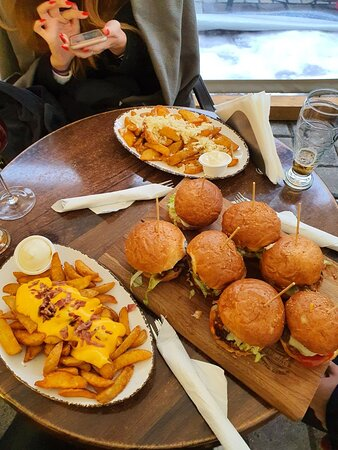 Great burgers!