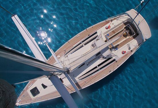 Syros, Hy Lạp: Our sailing yacht Tahita