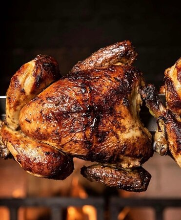 Gooseberry BBQ: A la carte BBQ meats, chicken rotisserie, grilled steak and smoked fish. Everyday ( from 12pm-09pm)