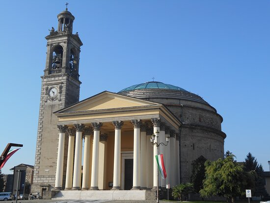 Ghisalba, Ý: La chiesa