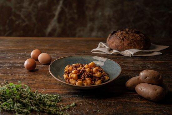 Nosso delicioso cardápio da Família Madalosso, te esperamos :)