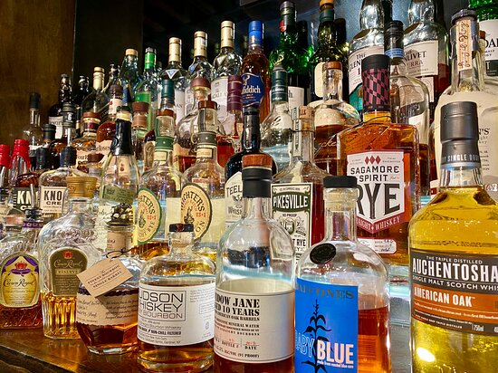 Extensive Cocktail Selection