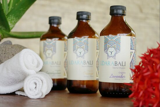 Udara Sauna infusion made from our quality aroma oils will enhance your experience during the sauna. One of our favorite aromatherapy is Lavender. The Fragrance of Lavender will help promote calmness and wellness. It's also said to help reduce stress, anxiety, and insomnia.