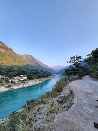 View of the Ganges, on the way to Camp Brook