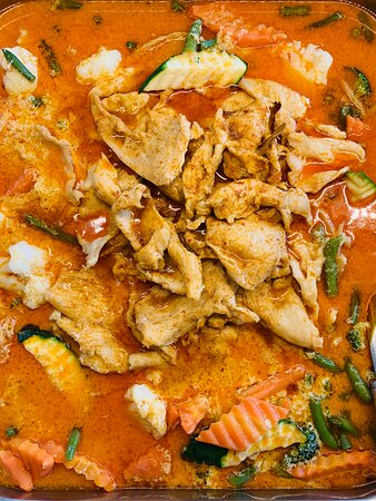 Rotes Curry mit Poulet