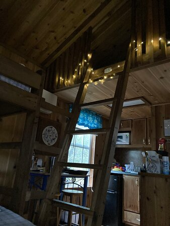 Fort Mc Coy, FL: Interior of the loft and cabin (twinkle lights not included -- that's a Gerification.)