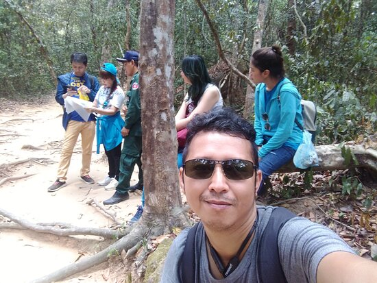 Travels to Bonteay Srie temple and Kbal Spean