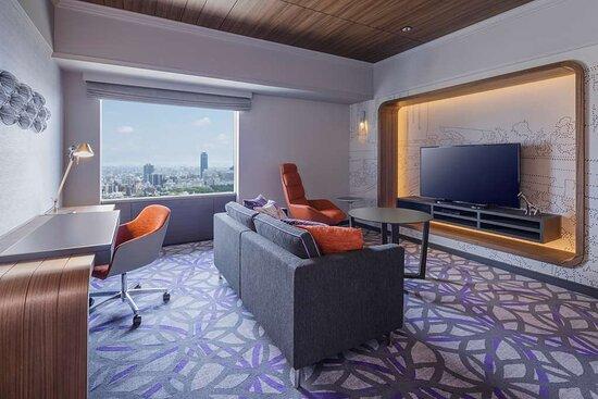 SOS deluxe suite room King