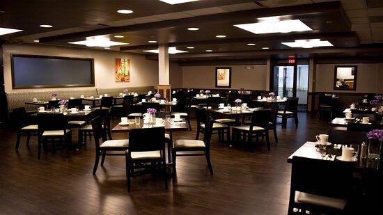 restaurant dining seating