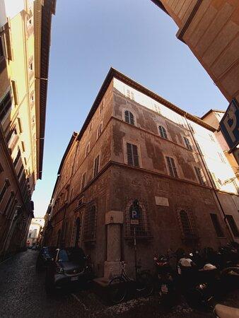 A spasso per Roma: palazzo Milesi