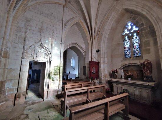 Église Saint-denis De Rivarennes
