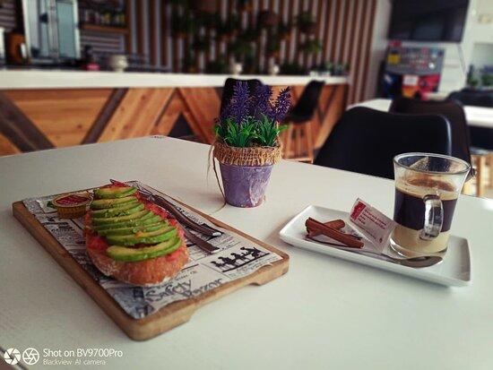 Desayuno con Tosta.