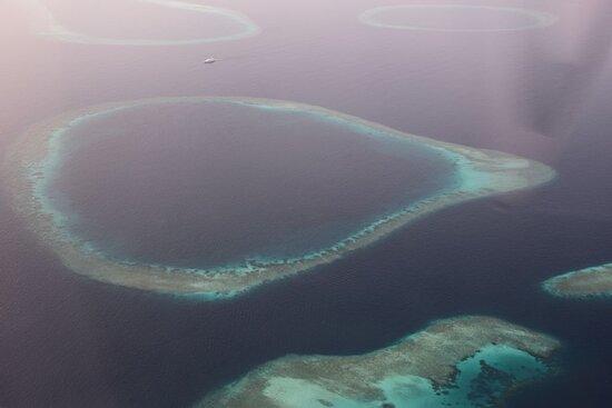 Maldives: Атоллы очень фотогеничны.