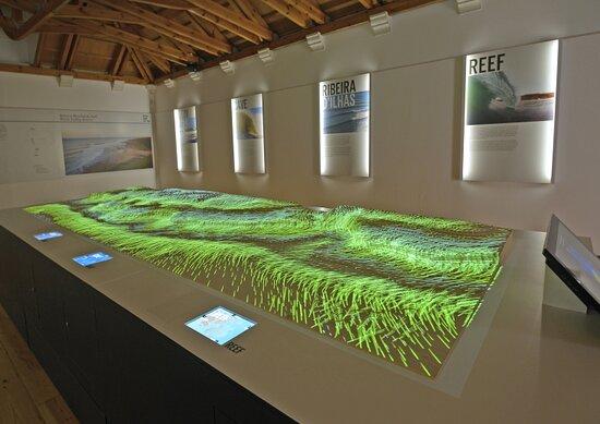 Centro de Interpretação da Reserva Mundial de Surf e Posto de Turismo