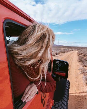 Page Tour privado en jeep: Taking in all of the views.  - @prettyliltraveler