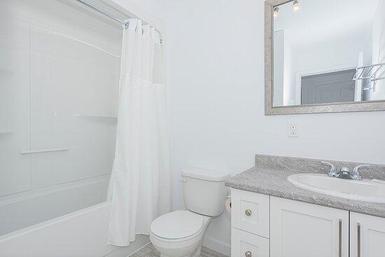 Val d'Or, Kanada: 5 1/2 salle de bain