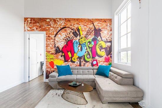 2 Storey apartments - Picture of Simply Comfort - Dundurn Lofts, Hamilton - Tripadvisor