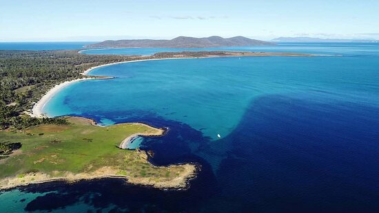 The majestic colours of Maria Island's white sandy beaches and sapphire blue bays!