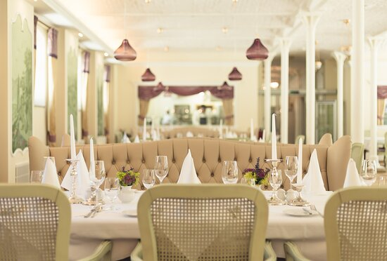 "Kapelln, Áo: Restaurant ""Am Schlossgarten"""