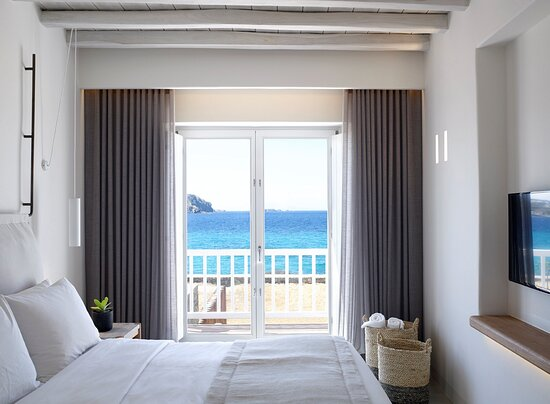 Honeymoon Coast Suites