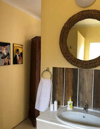 View on the basin and mirror in room no 5