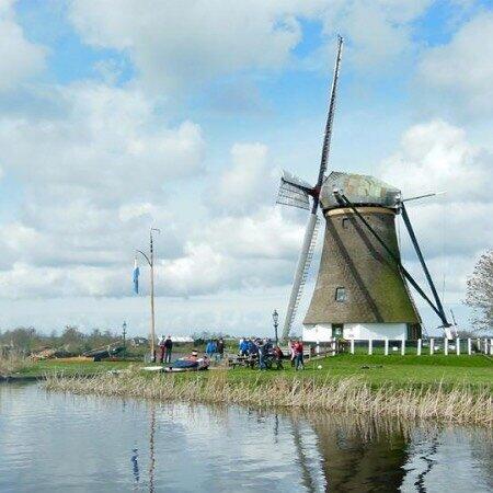 Huur een sloep en geniet van het Blauwe Hart vanuit Leimuiden van de Kaag en Braassemermeer